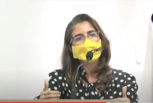 """ASSISTA! Secretaria vai à CM de Cuitegi, faz relato da Ação Social e """"dá show"""" nas respostas"""