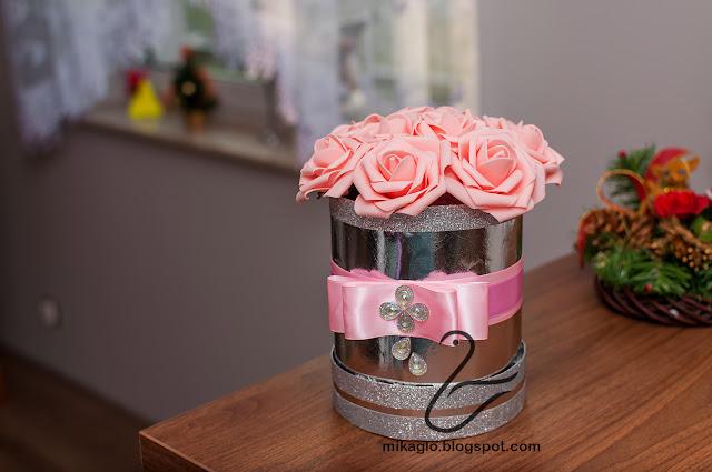 701. Flower box