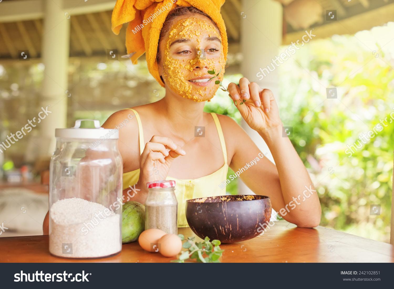 मुंहासों के निशान को हटाने का बेस्ट होम मेड फेस मास्क ( Best Homemade Face Mask )