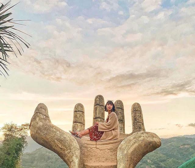 """Cebu, """"thành phố Nữ hoàng phương Nam"""" ở Philippines, là một trong những địa điểm du lịch nổi tiếng, thu hút rất nhiều du khách ghé thăm bởi cảnh đẹp cùng các hoạt động nghỉ dưỡng, vui chơi thú vị. Trong đó, bạn không nên bỏ qua vườn hoa Sirao, thánh địa dành cho những tín đồ mê sống ảo."""