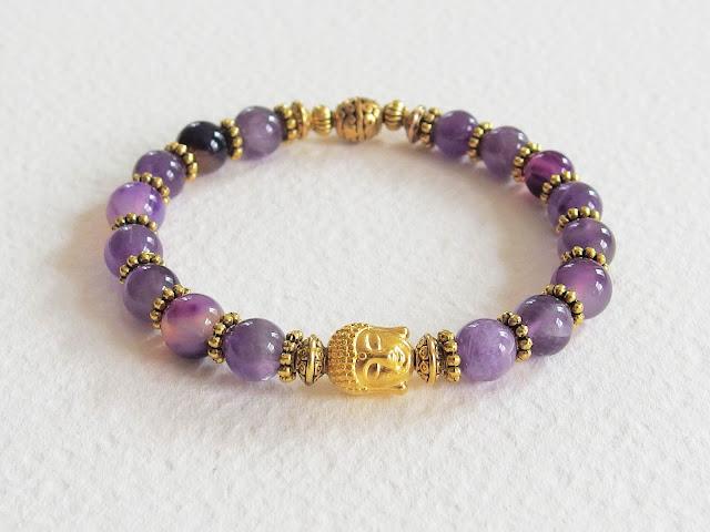 https://www.alittlemarket.com/bracelet/fr_bracelet_ethnique_zen_pierres_de_gemme_le_bouddha_d_or_amethystes_et_metal_dore_violet_et_or_-16196409.html