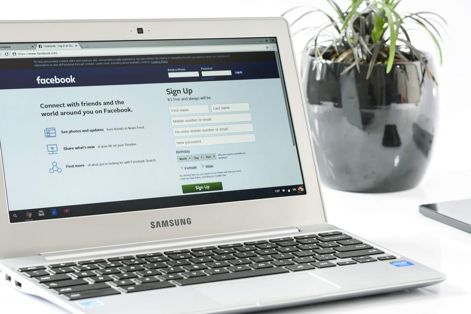 ملايين من مستخدمي فيسبوك أرقام الهواتف ما تزال مكشوفة !