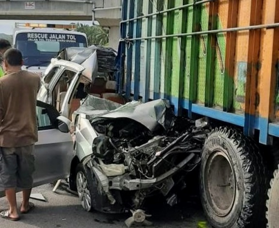Lagi, Kecelakaan Maut di Jalan Tol Pekanbaru-Dumai, Mobil L300 Tabrak Truk, Satu Tewas di Tempat