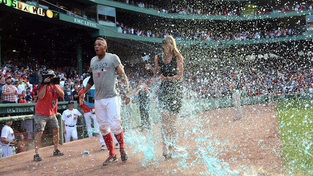 red sox reporter gatorade bath