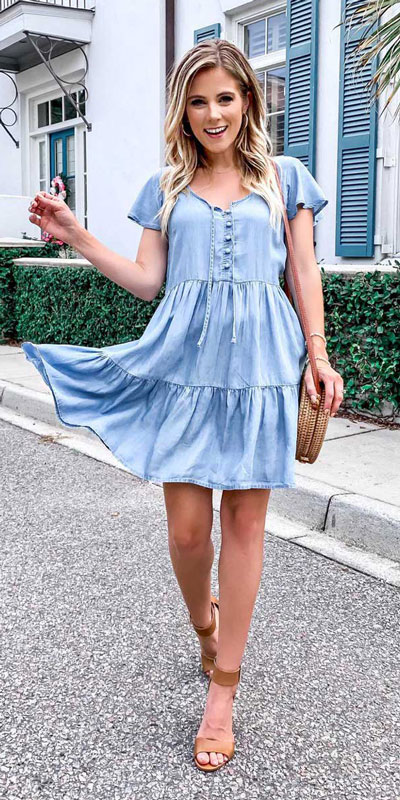 This is your cute summer outfits resource! Have a look at these 28 Summer Outfits that Are Big on Style Low on Effort via higiggle.com - mini dress - #summeroutfits #cute #summerstyle #minidress