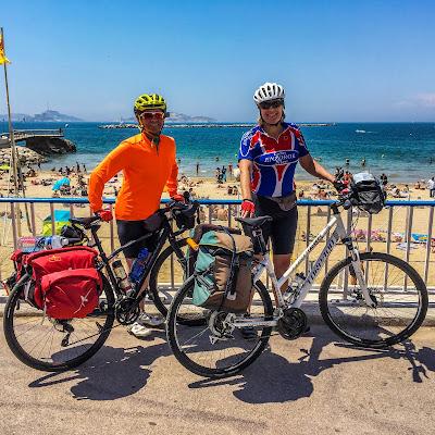 carbon road bike rental in marseille france