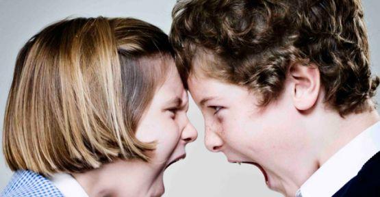Çocuklara Oluşana Kardeş Kıskançlığını Aşmanın Püf Noktaları!
