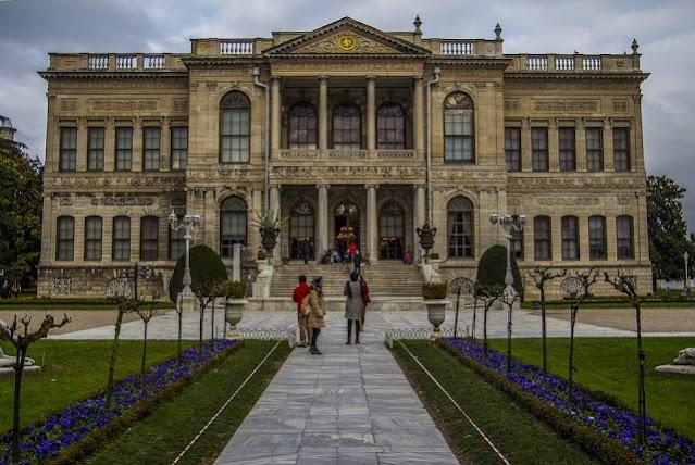 قصر دولما بهجه