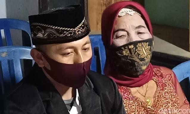 Kini Sah Jadi Istri Pria 29 Tahun, Nenek 76 Tahun ini Sempat 5 Kali Menolak Lamaran Orang Yang Ingin Menikahinya