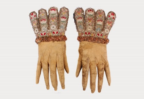 Silkdamask Gloves Would You Prefer To Wear A Glof Or A