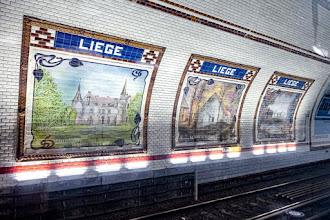 Paris : Mosaïques de la Station Liège sur la ligne 13 du métro parisien, célébration de l'amitié franco-belge - VIIIème et IXème