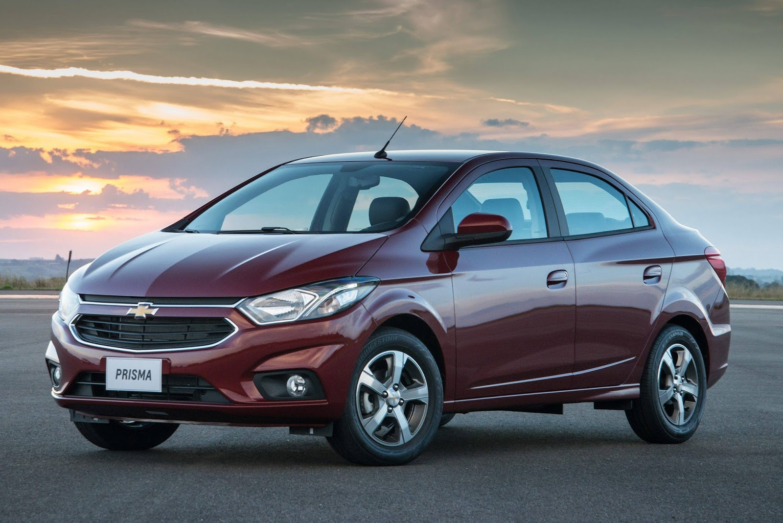 Chevrolet Prisma 2018: preços e detalhes oficais   CAR.BLOG.BR
