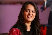 Anushka at Rudramadevi Promotion-thumbnail-19