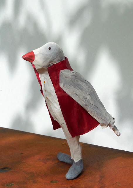 Papier à êtres : Oiseau gris, Exposition « d'Inspiration Jérôme Bosch », Galerie de la Marraine