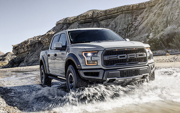 Check Out the Rip-Roaring Off-Road 2017 Ford Raptor F-150