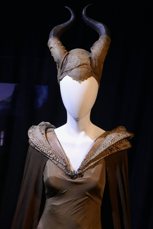 Maleficent Mistress of Evil Moors reptilian costume