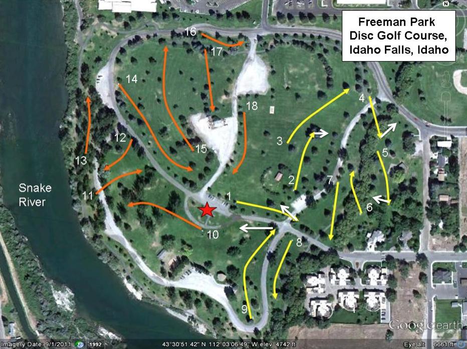 Disc Golf at Freeman Park, Idaho Falls, Idaho   In the crosswalk