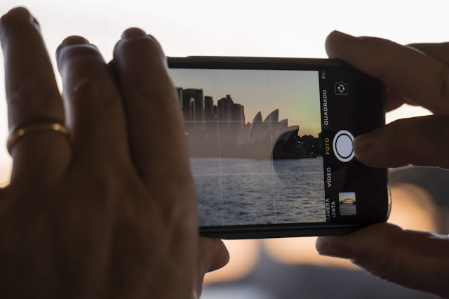 mobile camera features