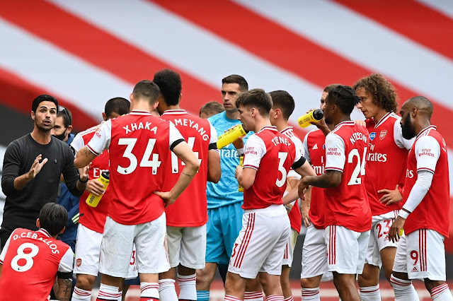 Arsenal haven't fixed things in six years -   Charlie Nicholas