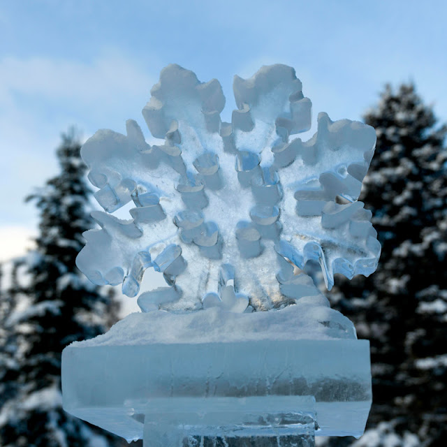 an ice sculpture of a snowflake