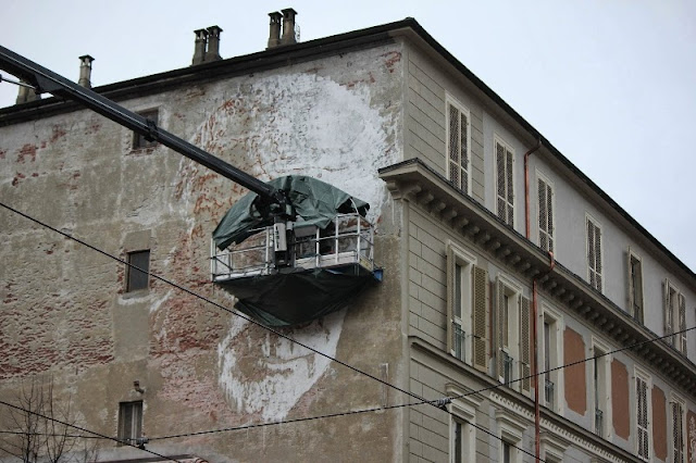 New Street Art Mural By Portuguese Artist Vhils On Via Nizza In Turin, Italy. 2