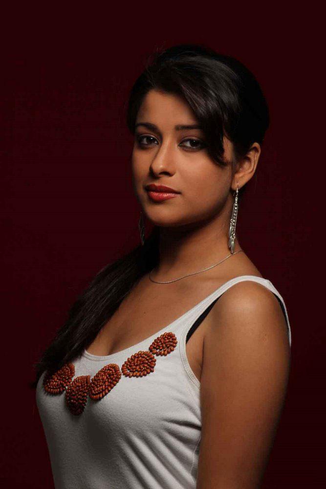 Indian Actress Madhurima Latest Photoshoot Black Bra -1375