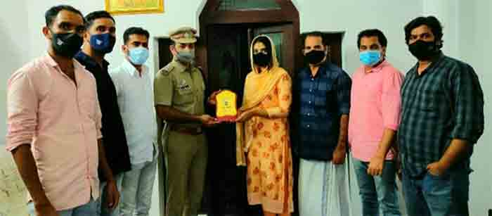 Student felicitated by Bendichal group