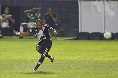 Confira os relacionados e o provável time titular do Vasco para o duelo contra o São Paulo