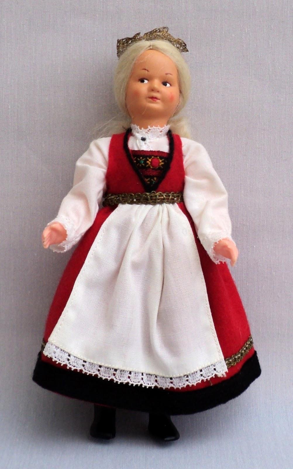 World Costume Dolls: WORLD COSTUME DOLLS FROM NORWAY ...