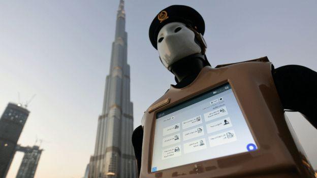 Dubai dan China Meluncurkan Robot Perkotaan Super Pintar