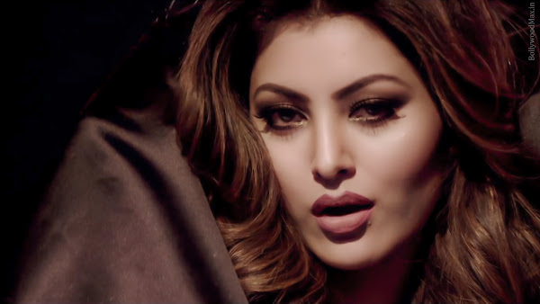 Urvashi_Rautela_Kaabil_images_download