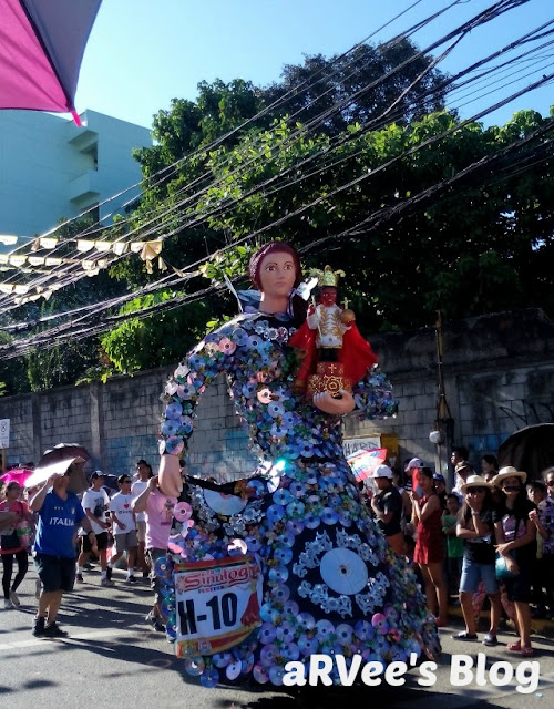 Higante entry from one of the participants in Sinulog 2016
