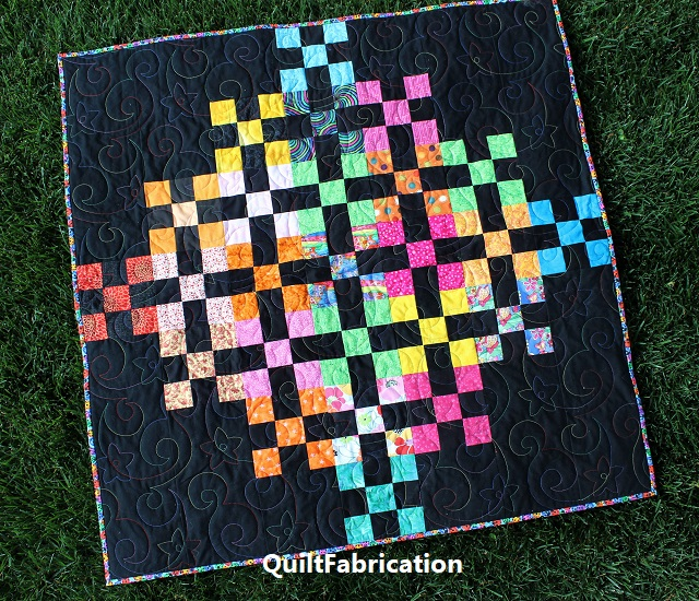 Blast baby quilt by QuiltFabrication