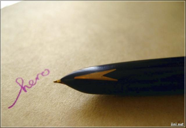 cây bút mực học sinh ngày xưa hay xài