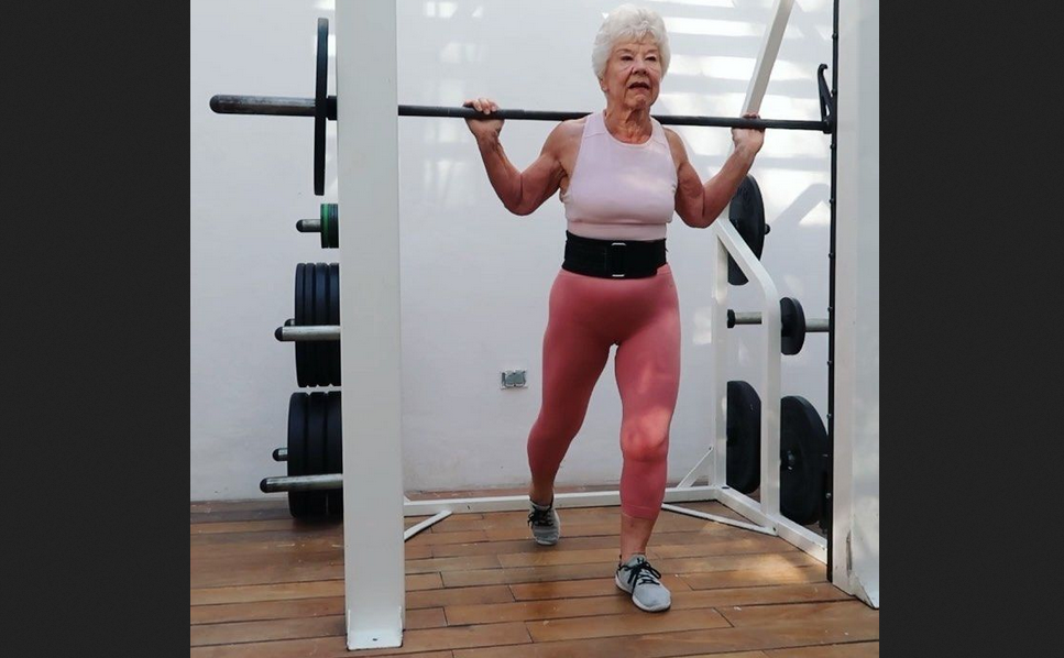 Joan MacDonald, the 73 year-old 'influencer fitness' that is causing a sensation