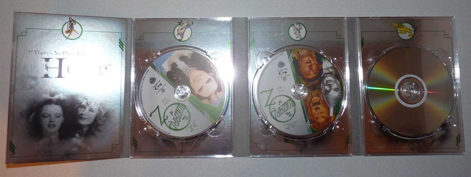 Blu Ray, Sound and Vision: The Wizard of OZ Deluxe Limited ...