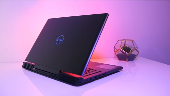 Dell G7 7588. It is a fairly good performance gaming laptop with little disappointing and less brighter display with long-lasting battery. It has Intel Core i7 CPU and NVIDIA's GeForce GTX 1060 Max-Q 6GB GDDR5 GPU with 16GB of DDR4 RAM.