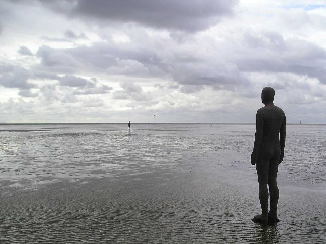 Что посмотреть в Ливерпуле бесплатно: Пляж Кросби