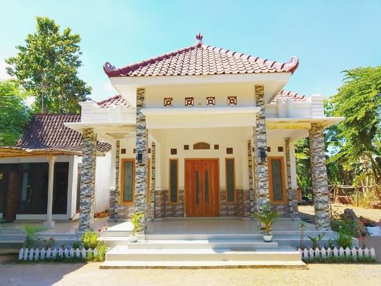 rumah minimalis dengan teras besar