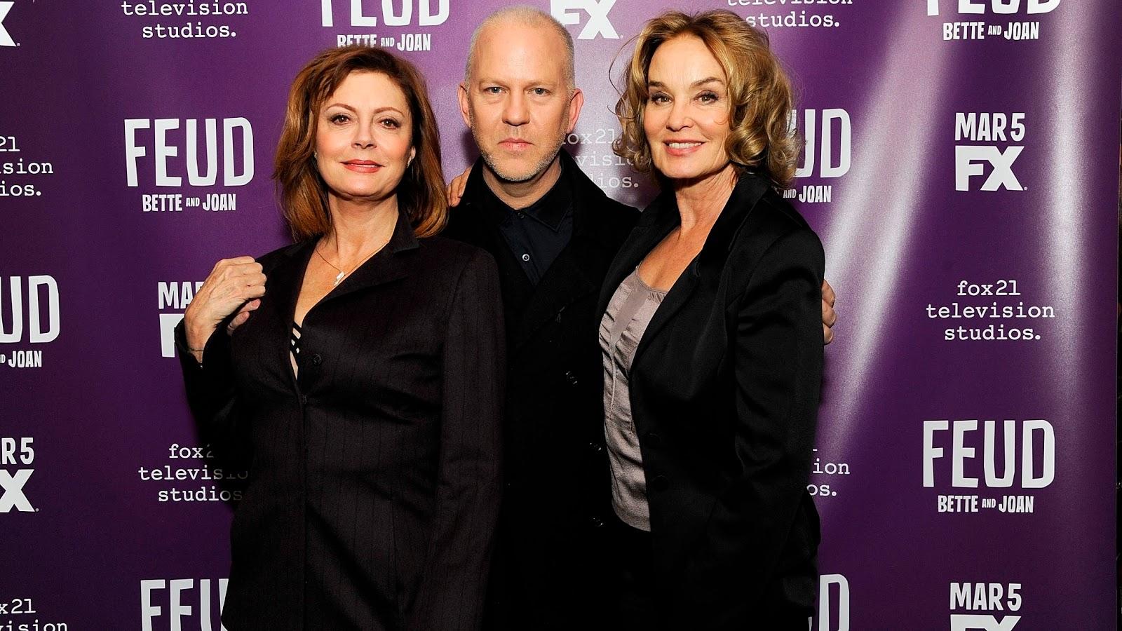 Ryan Murphy posa con Susan Sarandon y Jessica Lange