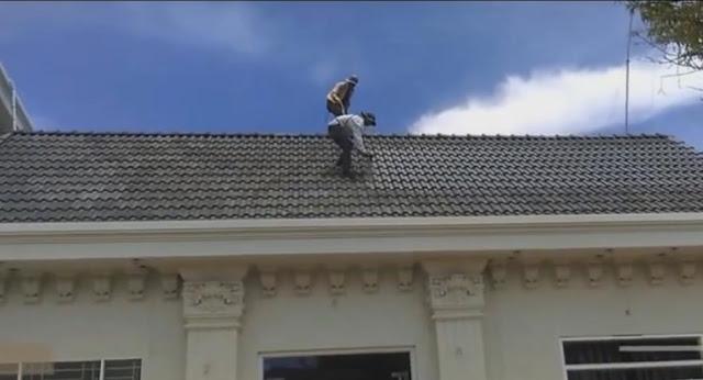 sơn lại mái nhà