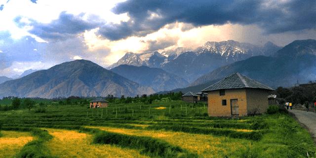 Andhretta town palampur