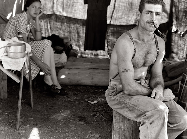 foto tukang kayu agustus 1939
