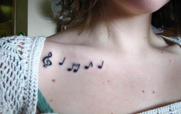 Anna Chlumsky: Music Note Tattoos