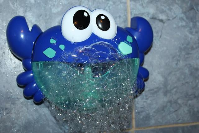 jouet pour bulles dans le bain