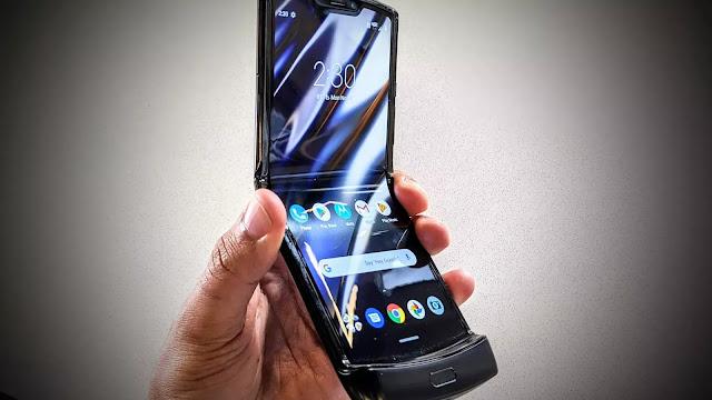 1,24,999 रु में लॉन्च हुआ Motorola Razr (2019)