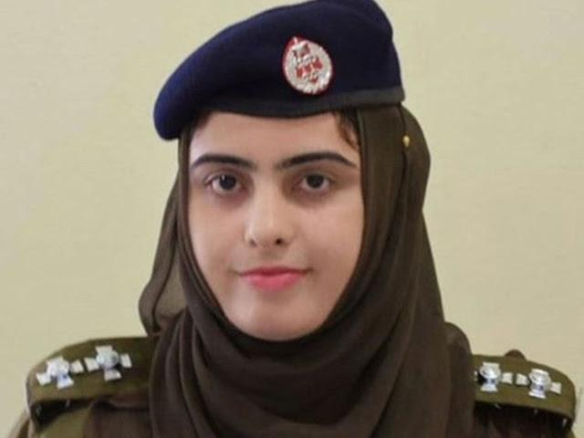 200 मामलों की जांच कर सुर्ख़ियों में आई पाकिस्तान की ये महिला थानेदार - newsonfloor.com