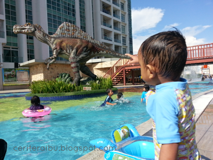 Dinosaur Water Theme Park at KSL Resort