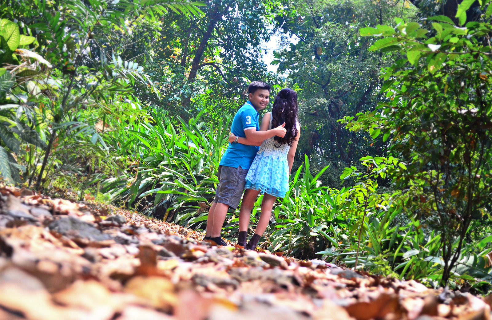 Prettythrifty pre nup photoshoot at la mesa eco park - La mesa eco park swimming pool photos ...