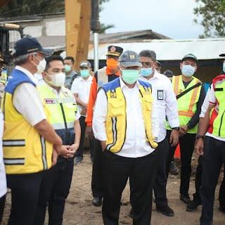 Pulihkan Konektivitas Jalan Lintas Kalsel-Kaltim, Menteri Basuki Minta Pemasangan Jembatan Bailey di Martapura Selesai 3 Hari